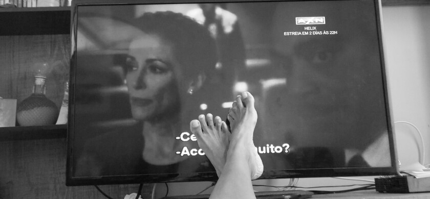 טלויזיה שחור לבן